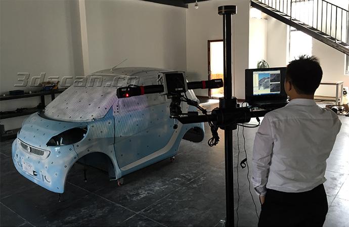 汽车三维扫描现场